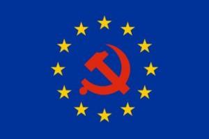Europaflagge mit Hammer und Sichel - Bildquelle: www.konjunktion.info