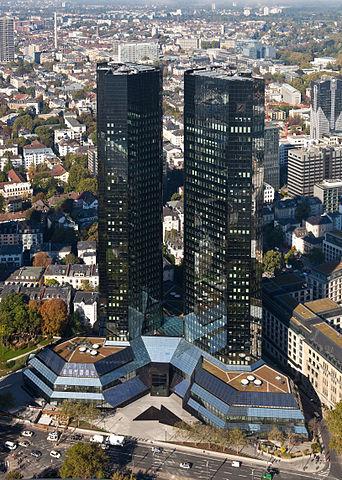 Deutsche Bank Frankfurt - Bildquelle: Wikipedia / Thomas Wolf, www.foto-tw.de