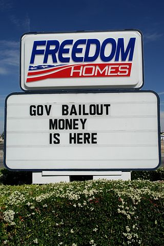 Bailout Money - Bildquelle: Wikipedia / Alex Proimos