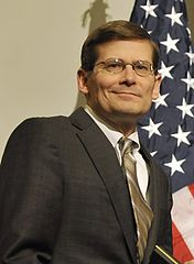 Michael Morell - Bildquelle: Wikipedia / Secretary of Defense. Original uploader was MattoxLp