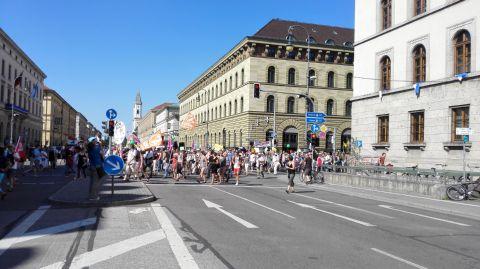 G7-Demo München Bild 9 - Bildquelle: www.konjunktion.info
