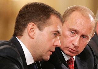 Medwedjew und Putin - Bildquelle: Wikipedia / Dmitry Medvedev