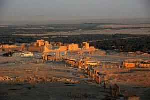 Palmyra - Bildquelle: Wikipedia / James Gordon