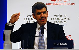 Mohamed El-Erian - Bildquelle: Wikipedia / Copyright World Economic Forum (www.weforum.org) / Photo by Norbert Schiller; Namensnennung – Weitergabe unter gleichen Bedingungen 2.0 generisch